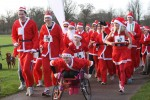 santa-fun-run-bathurst-estate-cirencester